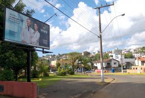 Painel 8 - Rótula Beira Rio (Loja Laura Paes)
